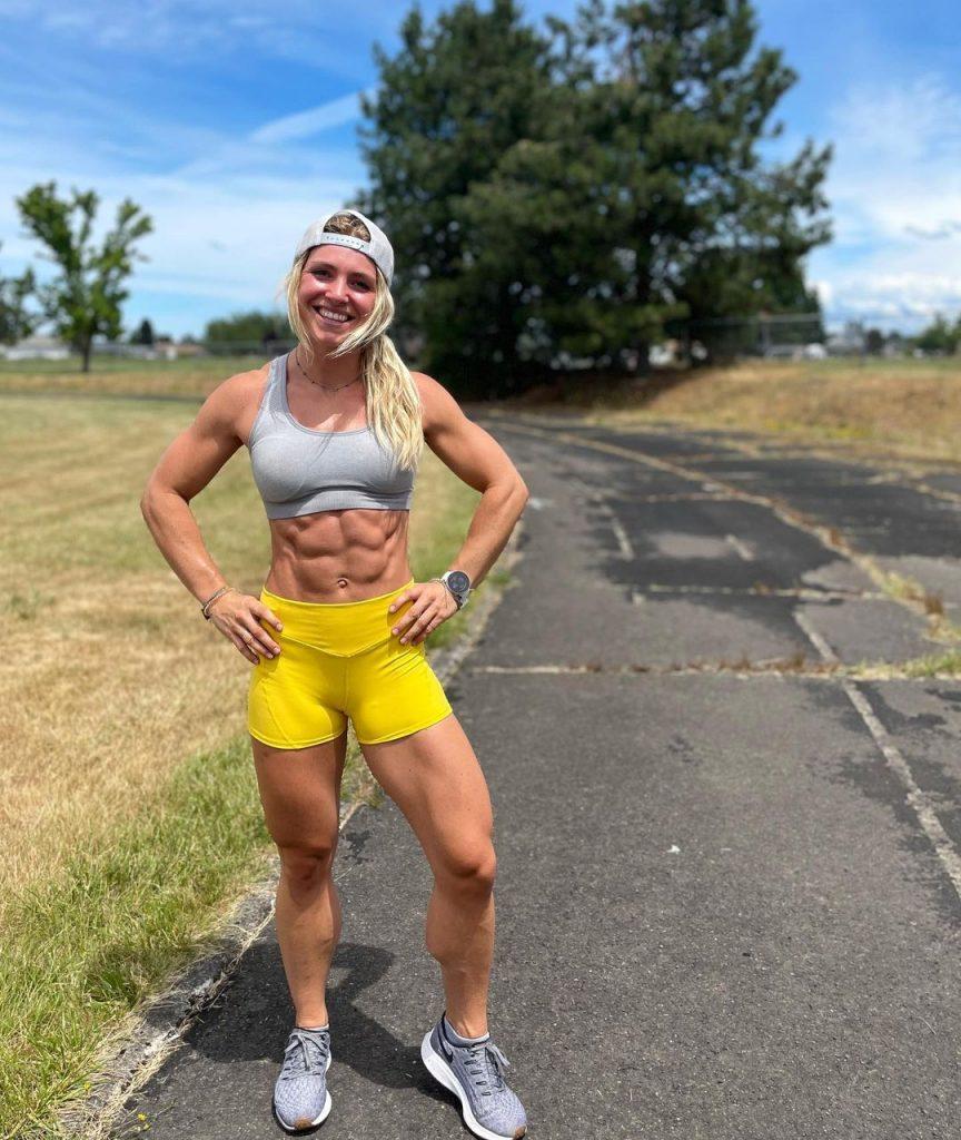 Claire P. Thomas abs workout