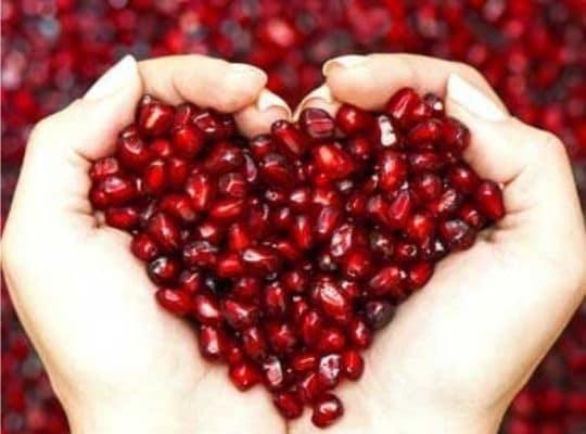 Skin Hair Benefits of Pomegranate